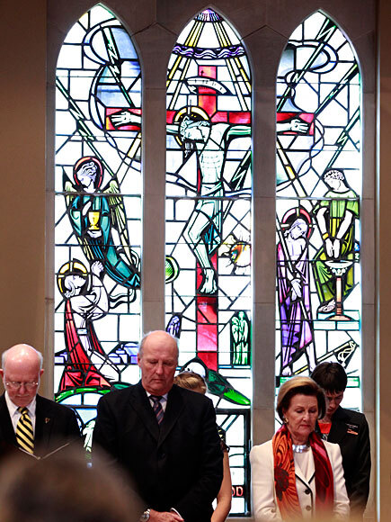 Kongen og Dronningen under besøket på St.Olaf College i Northfield (Foto: Lise Åserud / Scanpix)