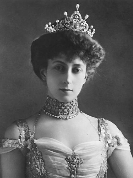 Dronning Maud (1869-1938) - kongehuset.no
