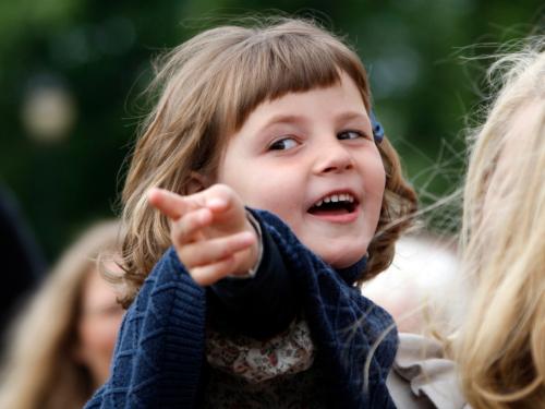 La Princesa se reunió con los Agentes del Medio Ambiente, una organización ambiental para niños, en Slottsplassen en junio de 2009. Foto: Lise Åserud, NTB scanpix
